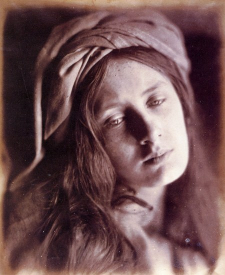 Julia Margaret Cameron - a study for a photographic series devoted to Beatrice Cenci, 1866).jpg