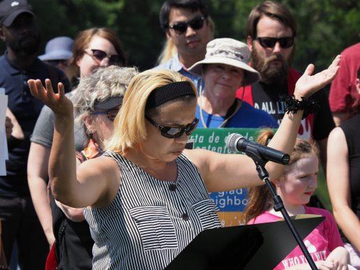 Líderes de fe de Carolina del Norte viajaron el sábado 27 de julio, al Centro de Detención 'Immigration Centers of America (de la ciudad Farmville, Virginia, para denunciar la codicia e inmoralidad perpetrada sobre los inmigrantes detenidos en los centros de inmigración de Estados Unidos/James Crook