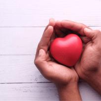 campaña de donación de sangre César Chávez de la Cruz Roja