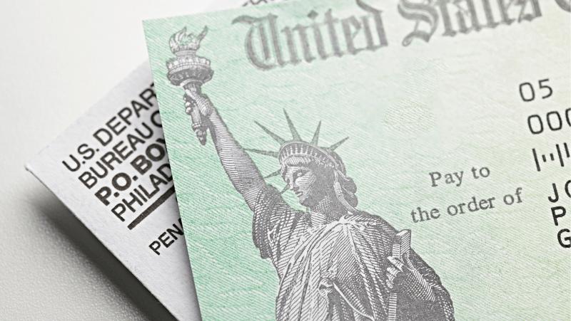 padres que paguen impuestos con ITIN recibirían cheque de estímulo del IRS