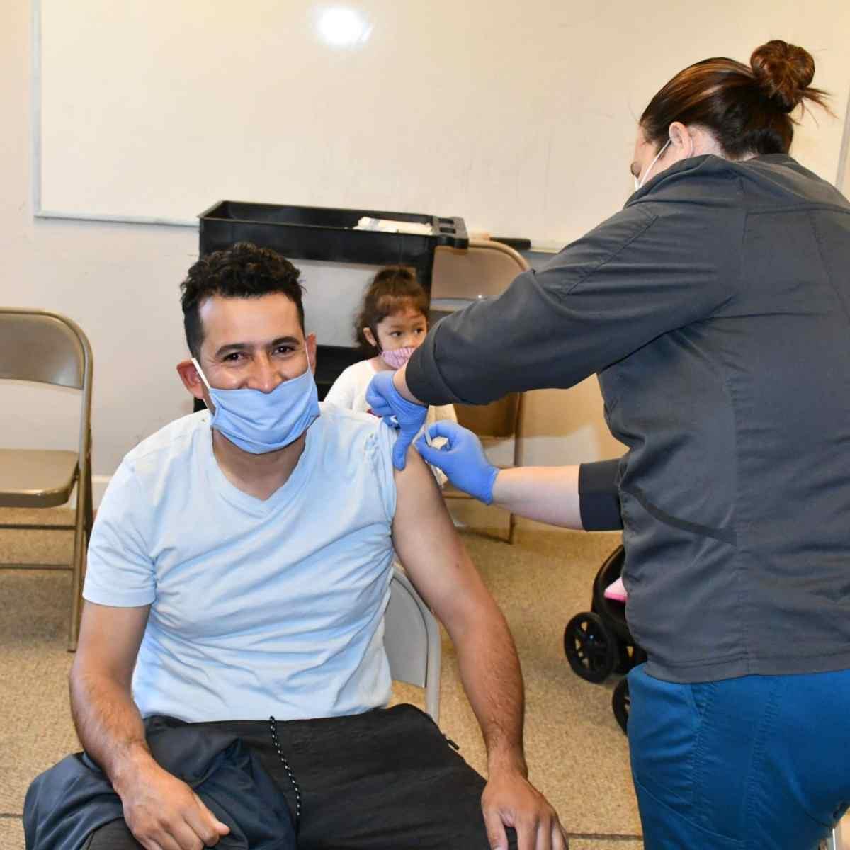 Latinos vacunados en Carolina del Norte