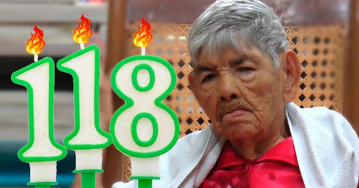 118 años cumple mujer que vive en el asilo San Antonio