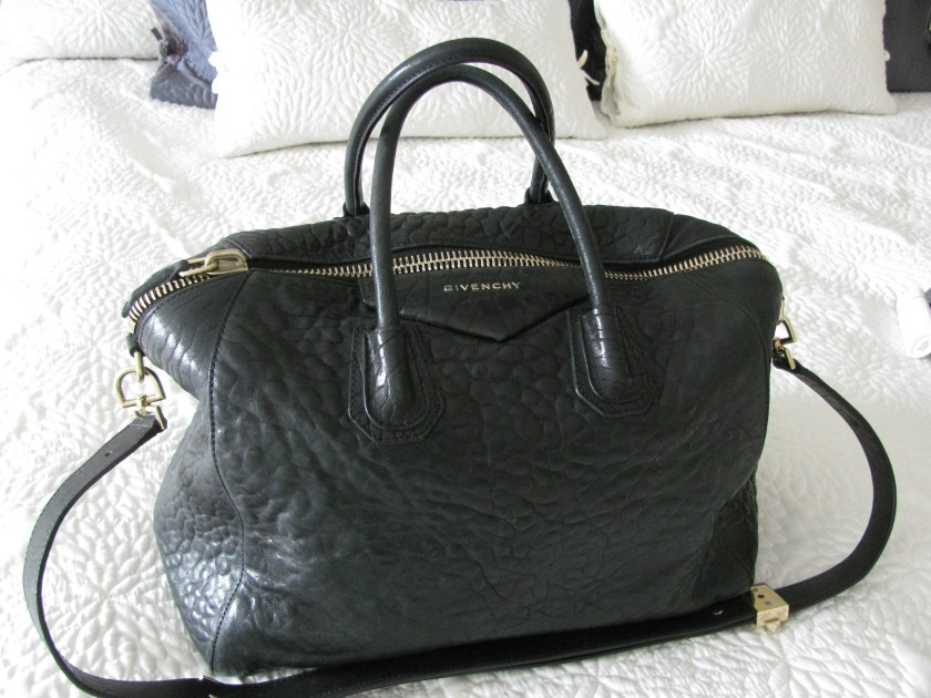 This is the bag I prefer to carry when taking car trips and I don't have to worry about size or weight of my luggage.