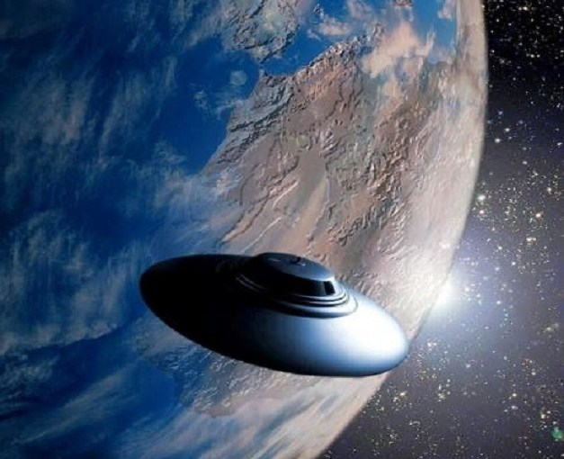 Mysterious UFO has been spotted hovering over the Alien Hotspot Wright-Patterson Air Force Base