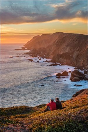 Photo: Couple enjoying the view on the Point Reyes Headlands, Point Reyes National Seashore, Marin County, California