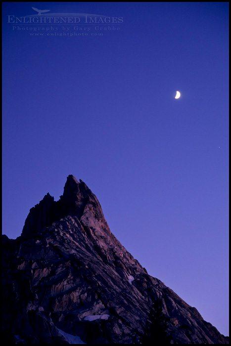 http://enlightphoto.com/photo-info/yos0255-ragged-peak-moon-photo.html