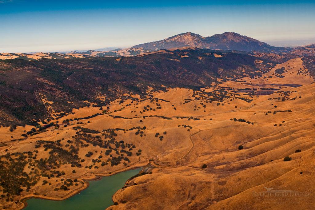 Photo: Aerial over Los Vaqueros Reservoir and Mount Diablo, Contra Costa County, California