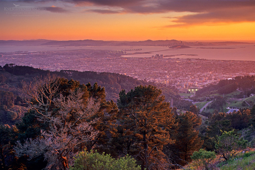 Photo: Sunset over the San Francisco Bay from the Berkeley Hills, Alameda County, California