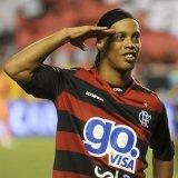 Ronaldinho colaboró en la clasificación del Flamengo