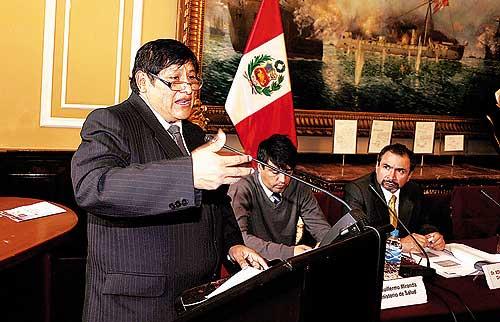 Congresista Juan Pari