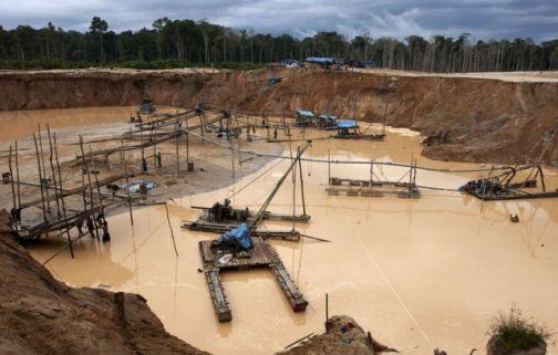 Estragos de la minería ilegal