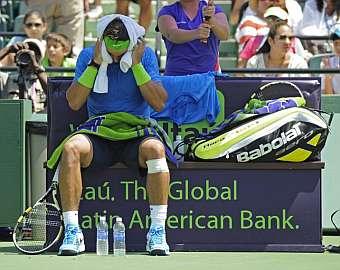 Nadal se retiró del Masters de Miami por una lesión