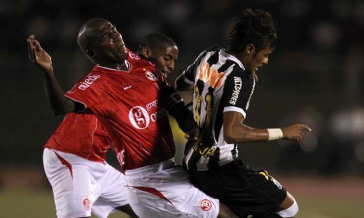 Juan Aurich no pudo con Santos y cayó 3-1 en Chiclayo