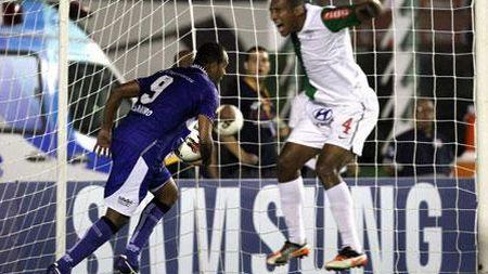 En la escena uno de los goles con el que Vasco da Gama superó 3-2 a Alianza Lima