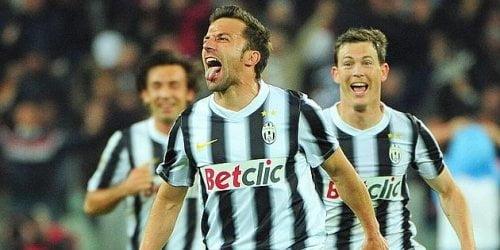 Alessandro Del Piero celebra su gol ante Lazio