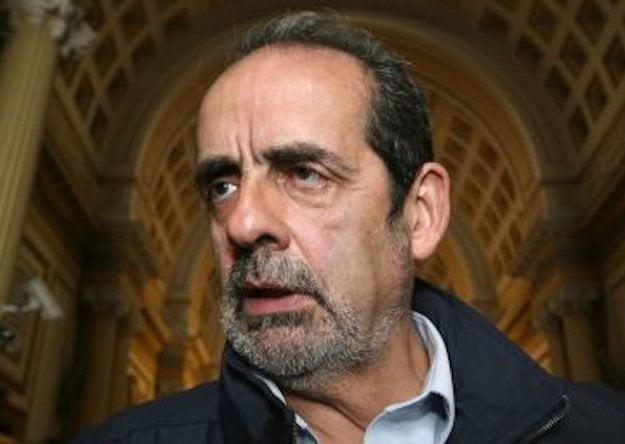 Féretro con restos de Javier Diez Canseco no ingresará al Congreso