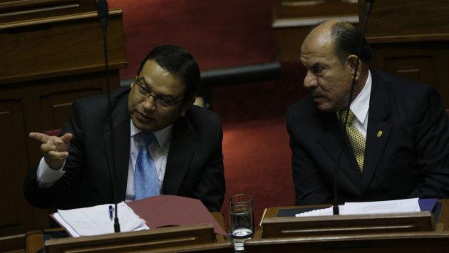 El adios. Ministros Otárola y Lozada dejaron el gabinete Valdés