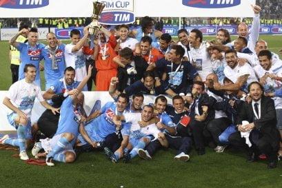 Napoli obtuvo su cuarta Copa Italia al derrotar 2-0 a Juventus