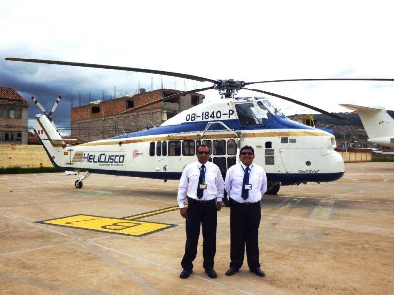 helicóptero declarado desaparecido y sus pilotos