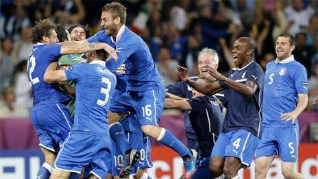 Italia celebra su pase a semifinales de la Eurocopa