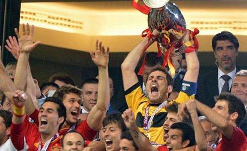 """España sigue siendo el mejor. Obtuvo el """"bi"""" en la Eurocopa"""