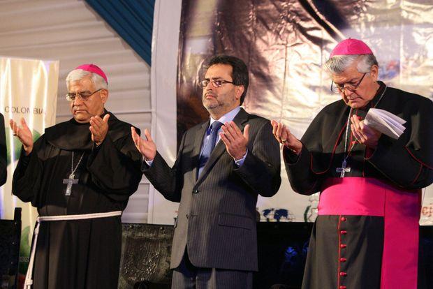 """Juan Jimenez Mayor, Participa de """"Cadena Interreligiosa por el Dialogo y la Paz"""".Foto:ANDINA"""