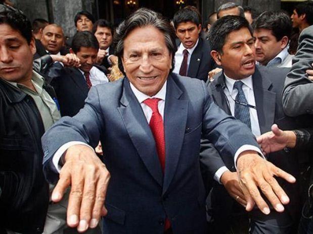 ¿Alejandro Toledo le da la espalda a su aliado Gana Perú?