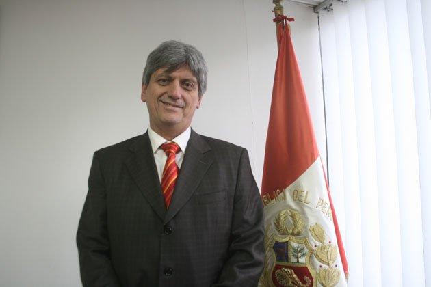 Luis Raygada Souza-Ferreira