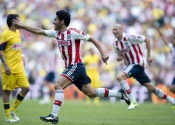 Guadalajara se impuso 3-1 al América en el clásico del fútbol mexicano