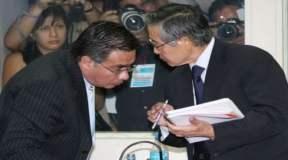Alberto Fujimori y su abogado César Nakasaki
