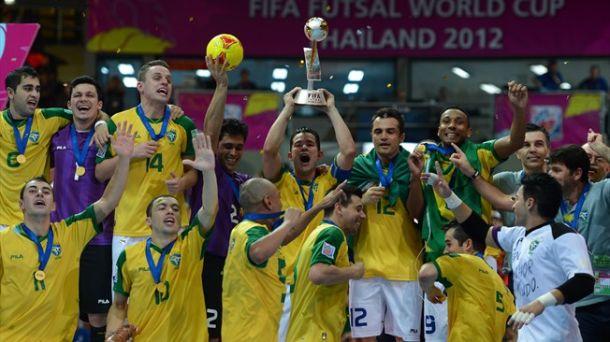 El seleccionado brasilero de fútbol se consagró campeón mundial por quinta vez en su historia