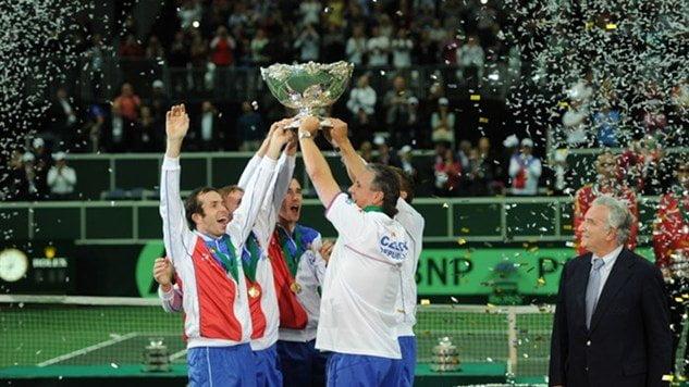 La selección de República Checa celebra la obtención de la Copa Davis