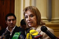 Congresista Luisa María Cuculiza