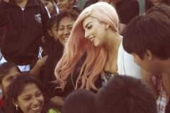 Lady Gaga en Ventanilla (littlemonsters.com)