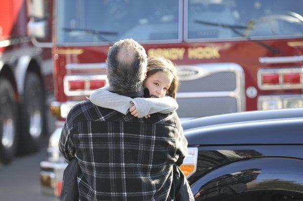 EE.UU: 27 muertos, entre ellos 18 niños, deja tiroteo (http://pix11.com)
