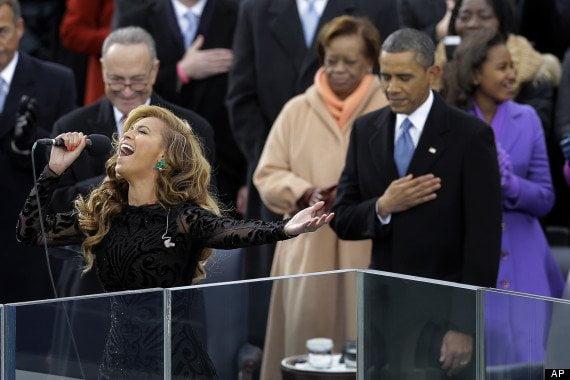 Beyonce Knowle's no cantó en vivo según http://www.nypost.com