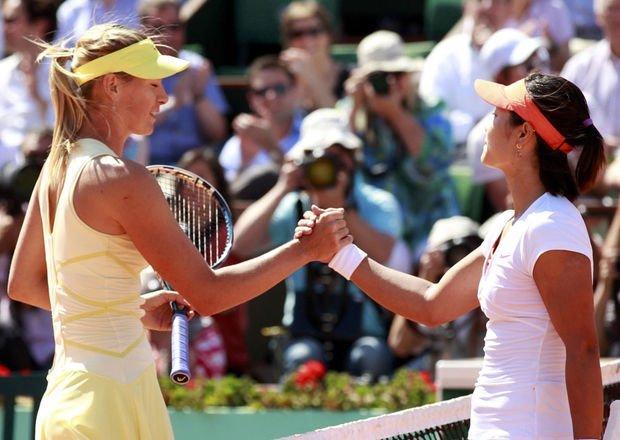La rusa Maria Sharapova y la china Na Li disputarán una de las semifinales de Melbourne.