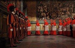 Cardenales se alistan para reunión de elección