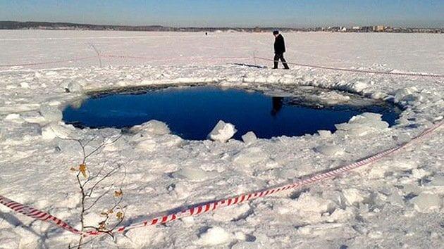 El lago donde se buscan restos de meteorito (RT)