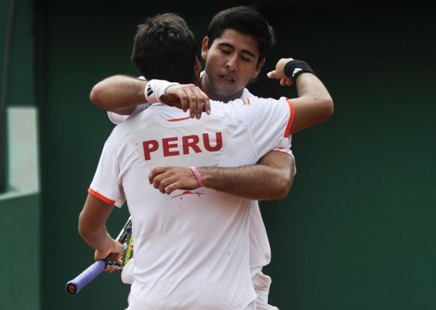 Perú logró su objetivo de avanzar a la segunda ronda del Grupo II de la Zona Americana. Beretta y Galdós se adjudicaron al dobles.