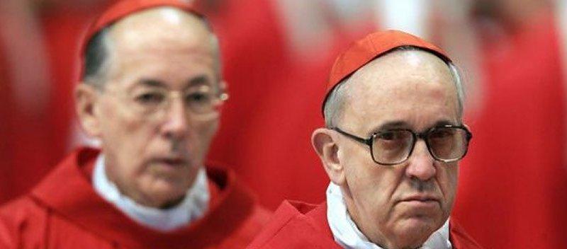 Cardenal Cipriani y el hoy Papa Francisco el año 2005 (Internet)
