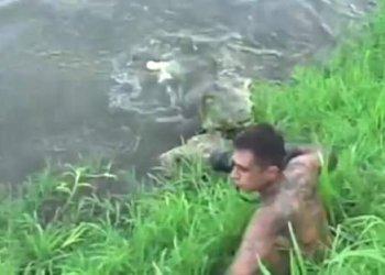 Fotógrafo estuvo apunto de ser devorado por cocodrilo
