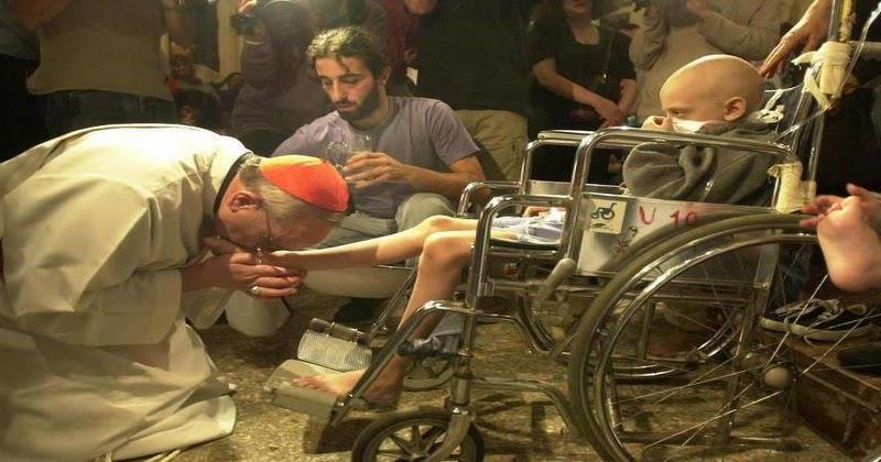 Semana Santa: Papa Francisco lavará pies a internos de prisión romana