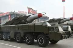 Corea del Norte traslada segundo misil a zona militar