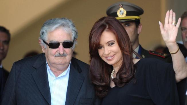 "Presidente de Uruguay llamó ""vieja"" y ""terca"" a Fernández de Kirchner"