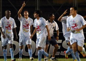 Se estableció el calendario de partidos para los octavos de final de la Copa Libertadores 2013, donde Real Garcilaso recibirá al Nacional de Montevideo el jueves 25 de abril.
