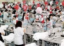 El sector textil y confecciones redujo sus envíos al exterior afectados por el alto costo de la mano de obra y el algodón.