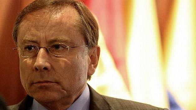 Renunció el embajador del Ecuador Rodrigo Riofrío y no volverá al Perú