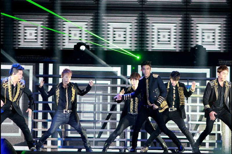 Super Junior hizo delirar a miles de fans en Lima