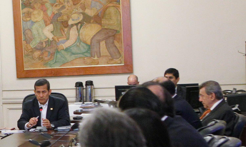 (Foto) Roncagliolo participa de su último Consejo de Ministros